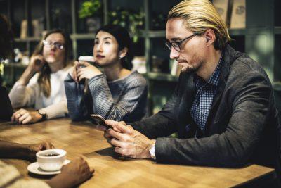 Factores que motivan y desmotivan en el trabajo